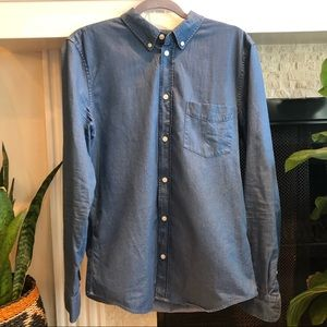 Everlane Chambray Slimfit Shirt